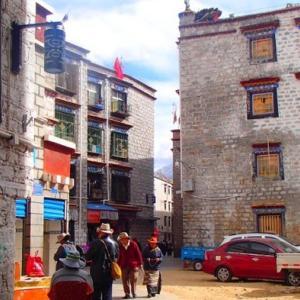 チベット ラサの街と茶館