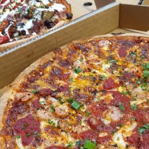 メルボルン 食べて納得のアメリカンピザ