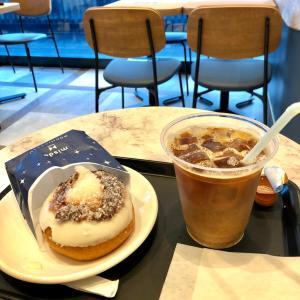 連休のカフェとドーナツ