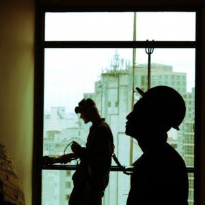 【突然の崩壊だ。】現実とは崩壊しつつある建設現場である:建設現場
