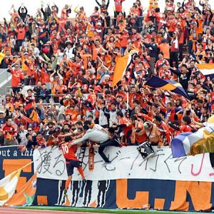 [愛媛FC]今年のJ2は愛媛FCに注目すべき理由。愛媛FCの特徴や注目選手を徹底解説!