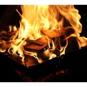 そんな事可能なの!?テントの中で焚き火が出来るテント4選!