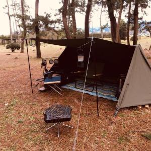ソロキャンプに最適!パップテント(軍幕)専用の超ローチェアはコレしかない!
