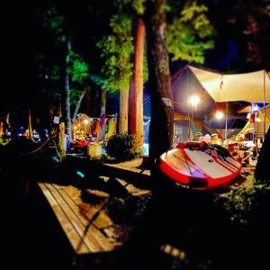 湖畔キャンプに最適!スタンドアップパドルボート【SUP】とは!?