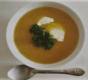 ジロール茸のスープ/ Velouté de girolles