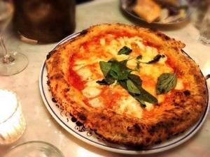 パリで行列ができる大人気のイタリアンレストラン『Pizzeria Popolare』