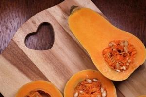 【秋の味覚】バターナッツかぼちゃ/ la courge butternut