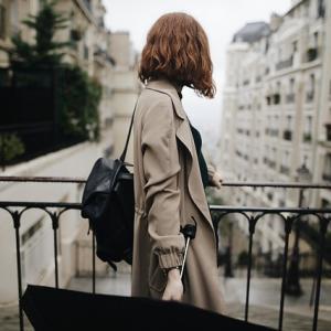 フランス人が傘をささない理由5つ