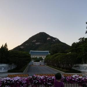 韓国情勢日本と大統領演説~10万人規模のデモ