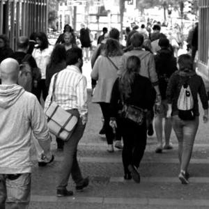 人間関係の悩みは無駄|人間関係に気を遣うくらいなら自分がやるべき事に集中しよう|人生が楽になる考え方【人生攻略法】