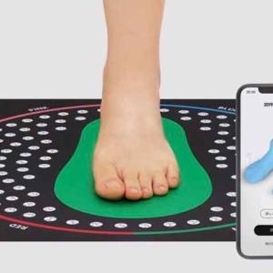 足のサイズを測定できるZOZOMATをZOZOが無料提供予約を開始!