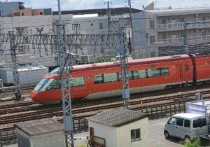 【小田急線/電車がたくさん&ゆっくり見える】電車好きの子供が喜ぶおすすめスポット