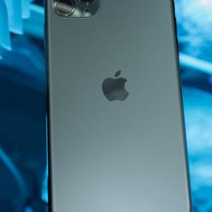 iPhoneのサイズで悩む方に。大小iPhone2台持ちをする3つの理由