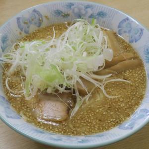 ラーメン しみず 西神田店 ピーナッツ入りの味噌は独特な味わい