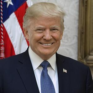 アメリカ大統領選は、トランプ氏が勝つ