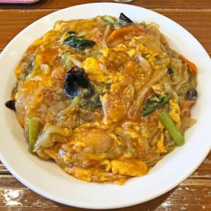 カニと椎茸の旨味の餡の香ばしい焼きそば:昌龍飯店のカニヤキソバ