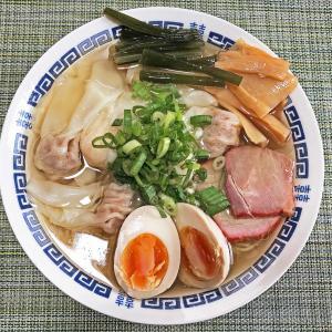 お取り寄せラーメン:八雲の「特製ワンタン麺(白)」