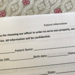 アメリカの初診手続き、メンドくさい!