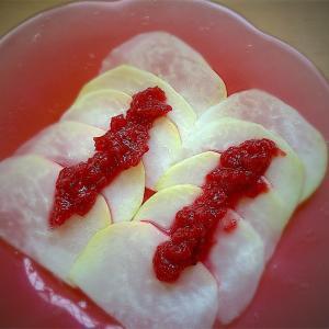 築地の二日酔対策レシピ100選 no.3コールラビの梅醤のせ