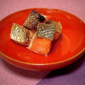 今、お歳暮で贈る鮭は、おせちに使えます!