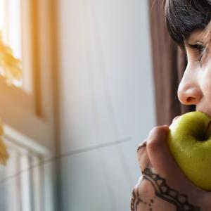 【1日3食の闇】1日2食の半日断食は科学的にも痩せられる理由とは