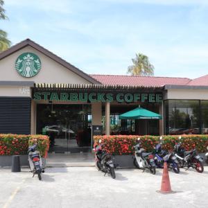 マレーシア「ペナン島旅行記」⑨日目(Part1)|バトゥ•フェリンギビーチのスタバ!