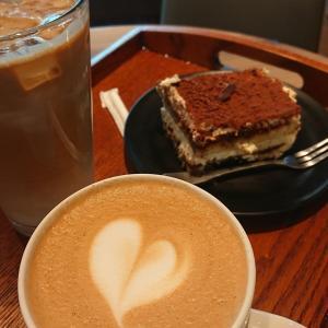 最愛のカフェチェーン、LOUISA COFFEEでコーヒータイム