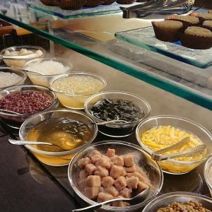「泰市場」リージェントホテルプロデュースのタイ料理ビュッフェで苦しみの夕食