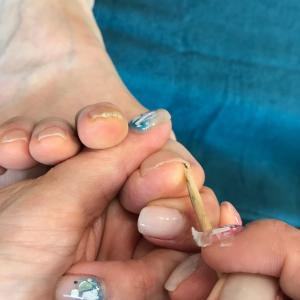 正しい足の爪の切り方とは?湘南台メイリー ネイル&アイラッシュ
