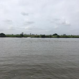 河川でハヤ釣り 水深20cm
