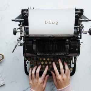会社員をしながらブログを運営する理由!身バレは?フリーにはならないの?