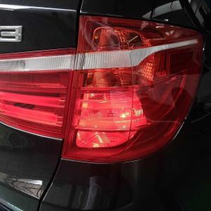 BMW X3 テールランプ修理