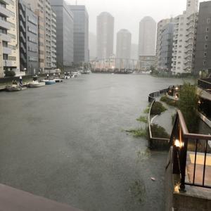 日本は台風、カリフォルニアは山火事・・・