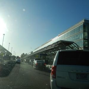 初・オンタリオ国際空港
