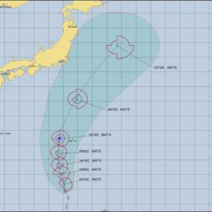 台風5号、通称チャンピーは東に逸れた