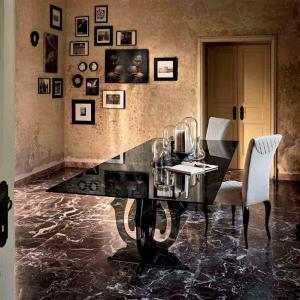 FIAM ITALIA 曲線を描く美しいガラス家具