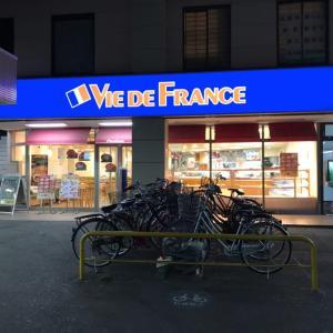 【カフェレポート】ヴィ・ド・フランス 東武春日部店 ―駅前の貴重なカフェ