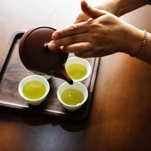 おもてなしで出す美味しいお茶の淹れ方【安い茶葉でもOK】