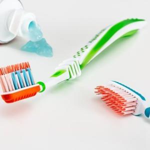 飛行機に乗るなら歯磨きはどこでする?長時間国際線ハワイ行き失敗談