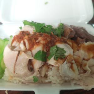最近のタイ飯 Recent Thai food 屋台やコンビニで買って来ます
