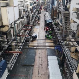 ぶらぶら街角 snap a photo Walking around the city