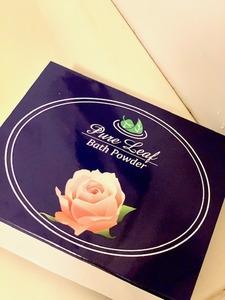 「ピュアリーフバスパウダー」入浴剤でバラの香りが持続!