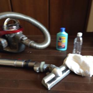 フローリングの掃除方法!水拭きで取れない汚れを取る!