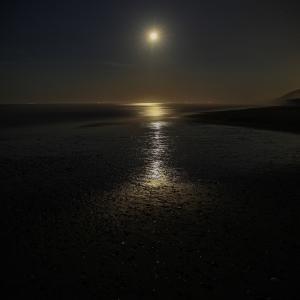 136歩 沈み行く月と海 編