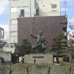 柴田勝家|織田信長に重用され、豊臣秀吉に敗れた猛将の生涯