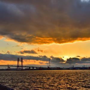 名港トリトン、夕景の新たな撮影ポイント