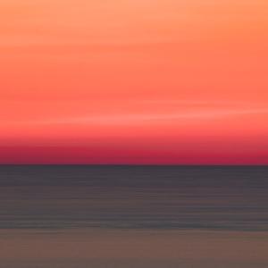 余光に囁く海 / The Sea Whispering in the Afterglow