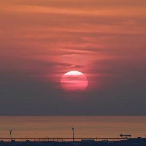 煙る夕陽 / Smoky Sunset