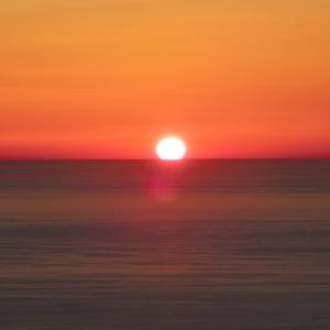 沈む太陽 / The Sunset