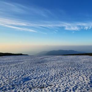 雪原の向こう / Beyond the snowfield